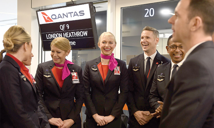 Qantas wants to buy planes for record-breaking flights