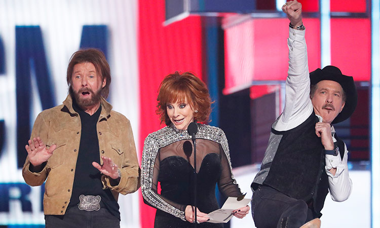 Country stars shine in Vegas at Academy of Country Music