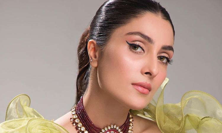 Pakistani star Ayeza Khan garners 8 million followers on Instagram -  GulfToday