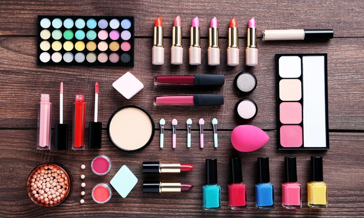 Dos and don'ts of sharing beauty products - GulfToday