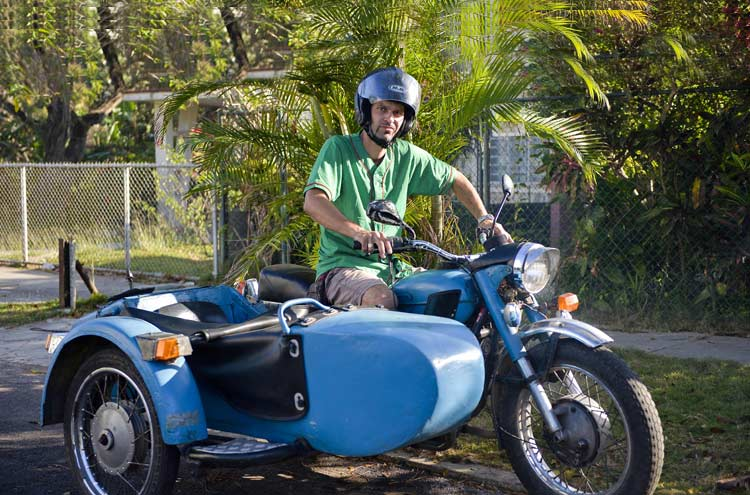 Cuba a thriving hang-out for Soviet era motorcycle sidecars - GulfToday