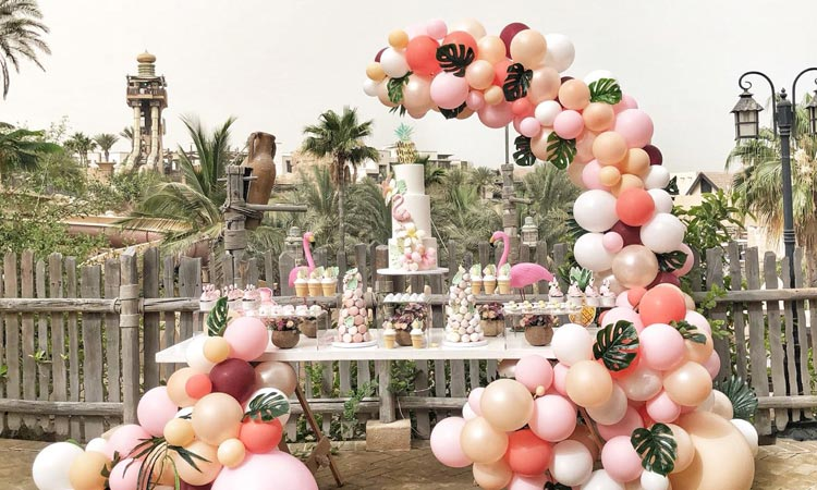 Say yes to bespoke balloon decorations - GulfToday