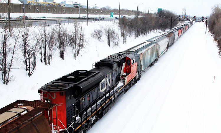 Canadian-National-Railway_750