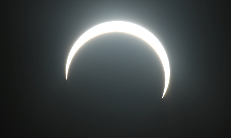 Video Uae Residents Witness Solar Eclipse Early On Thursday Morning Gulftoday