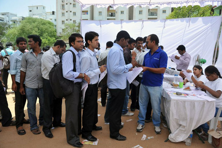 Jobless millions to haunt India election - GulfToday