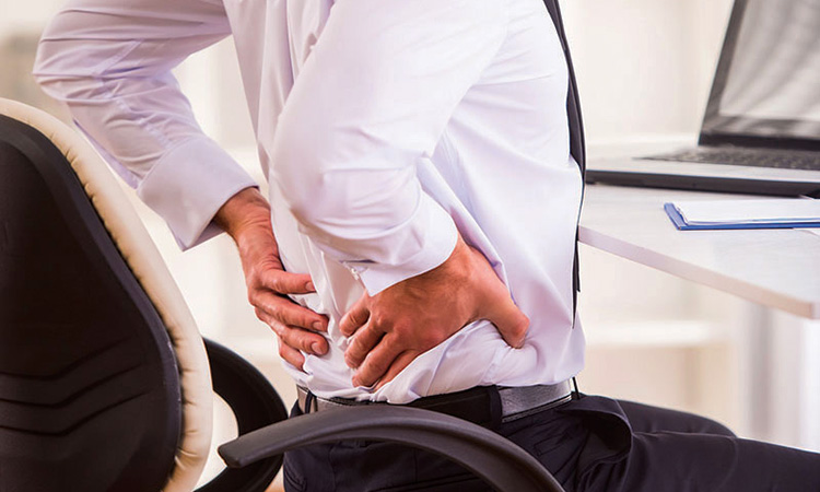 Expert raises alarm bells over acute back pain - GulfToday