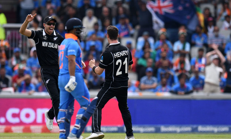 New Zealand see off India in CWC semi