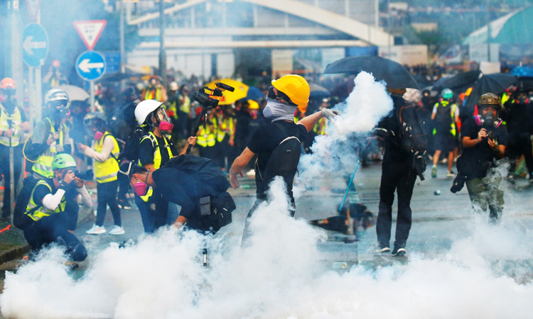 Hong-Kong_Tear-Gas-Canister-750