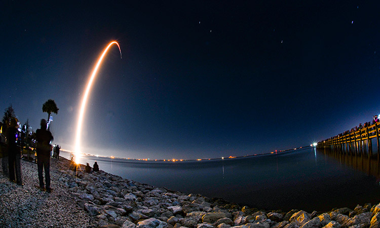 SpaceX-Satellite-Launch-main3-750