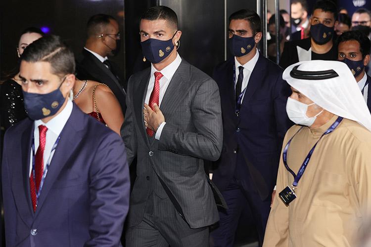 Ronaldo Beats Messi, Wins Globe Soccer Player Of The Century