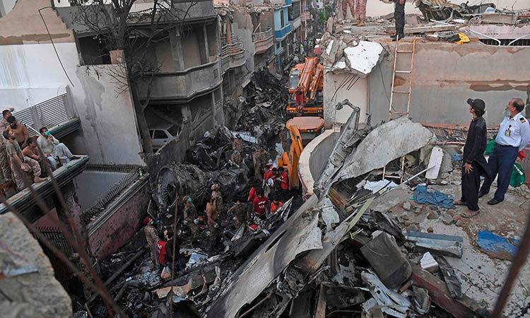 Survivor Recalls Horror Of Pakistan Plane Crash That Killed 97 Gulftoday