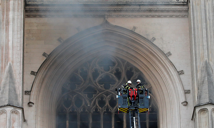 Fire damages French cathedral, arson probe launched