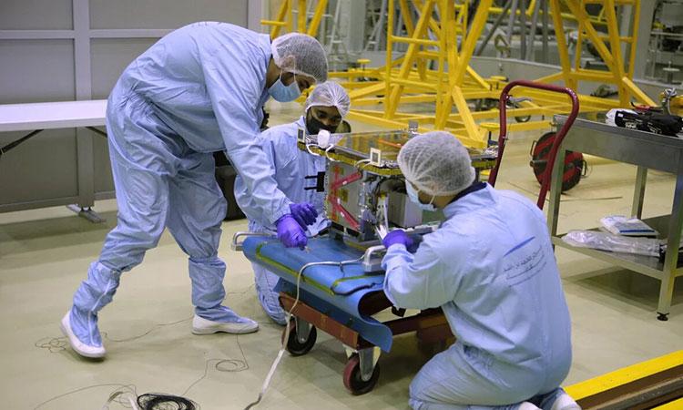 DMSat-1- satellite-main1-750