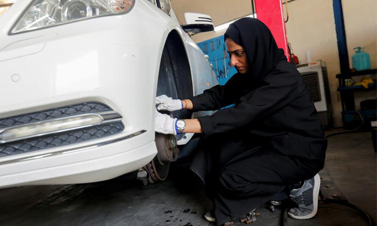 Matroushi-Sharjah-car