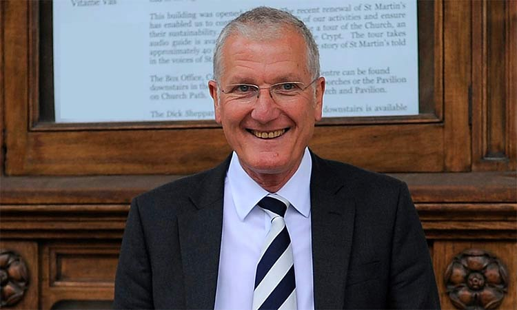 Gentleman Bob Willis made the ball do all the talking