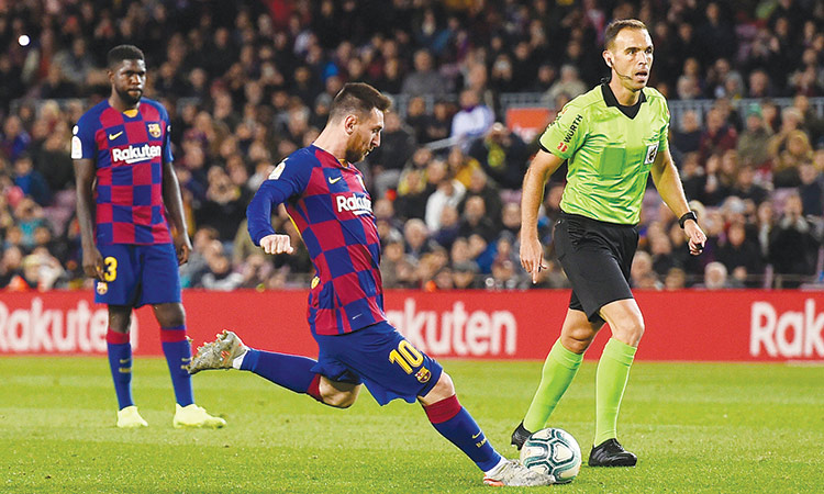 Messi hits hat-trick as Barca thrash Celta; Atletico defeat Espanyol