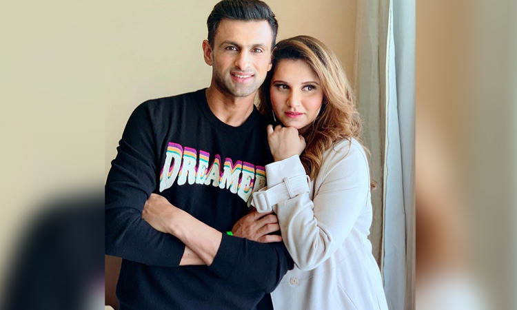 Tennis star Sania Mirza responds to cricket fans in viral