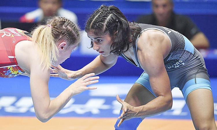 Olympics-bound Indian grappler  Phogat bags bronze at Worlds