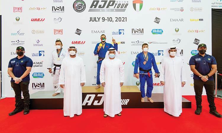 أكاديمية بالمز الرياضية تسرق عرضًا في جولة AJP Tour Asia Continental Pro